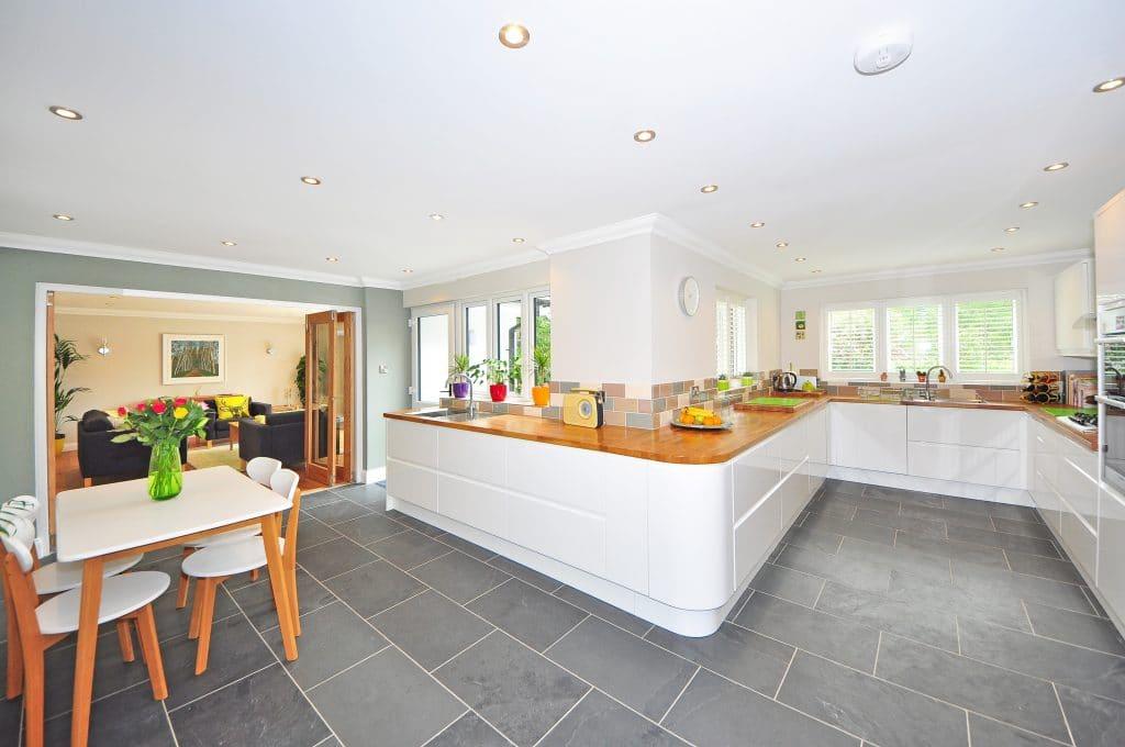 Tiles kitchen floor